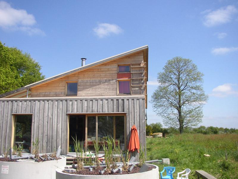 Maison monopente sign bois construction for Construction maison bois design
