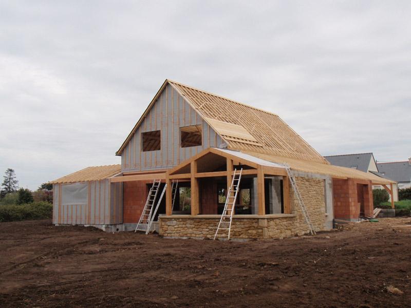 maison bois bio brique sign bois construction. Black Bedroom Furniture Sets. Home Design Ideas